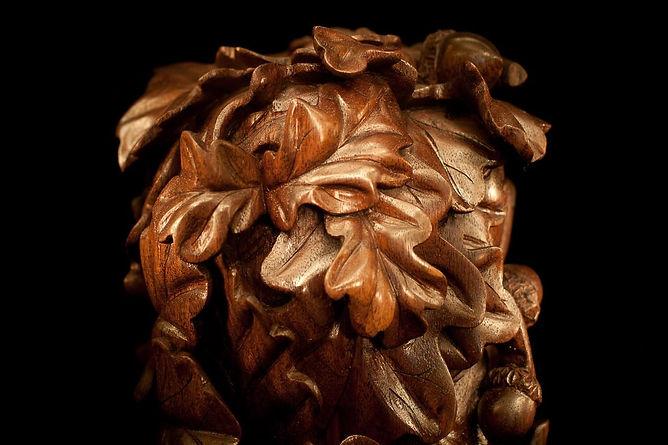 Резьба по дереву дубовые листья