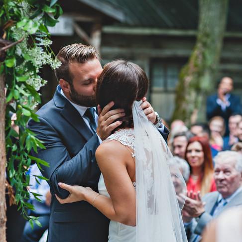 ROXANNE & CHRIS: A SWEET SUMMER WEDDING AT SUCRERIE DE LA MONTAGNE SUGAR SHACK