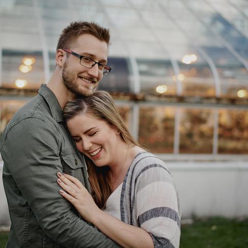 KAITLYN & ERIK'S ENGAGEMENT SESSION AT THE ORNAMENTAL GARDENS