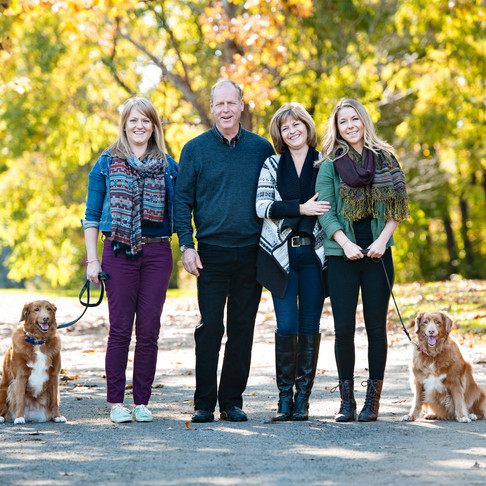 BEAUTIFUL FALL LIGHT & COLOURS = PERFECT TIME FOR NEW FAMILY PORTRAITS