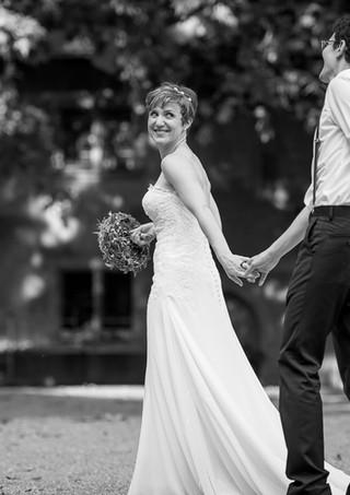 Brautpaar in Schwarz Weiss