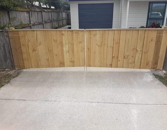 Double gate Taupo