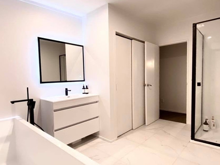 Modern stylish bathroom on Taharepa Road