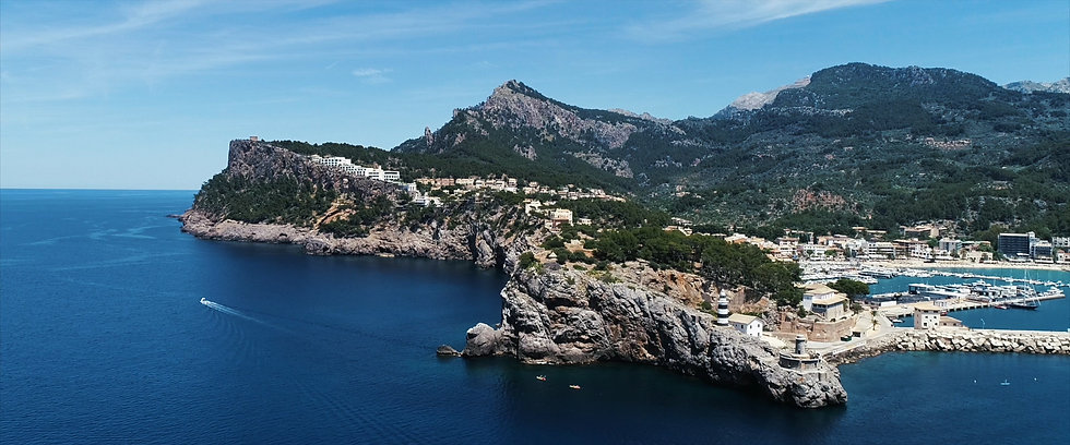 Foto_Port_de_Sóller_-_3_-_high_res.jpg