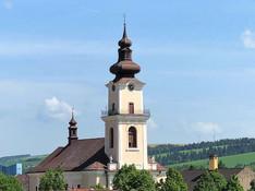 Kuriózna krádež v kostole v Hniezdnom: Zlodej si prišiel po prázdnu pokladničku