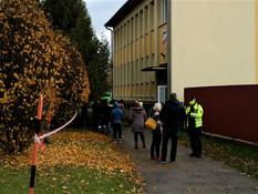 Takmer stovka Poliakov prišla na testy do okresu Stará Ľubovňa