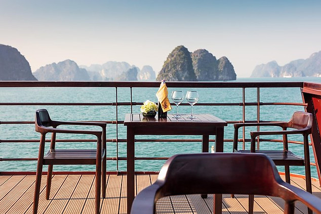 We will have dinner to the beautiful sounds of traditional Vietnamese music tonight, all before free time at your leisure. Feel free to head out with the crew to try squid fishing on the tender boat, or head to the bar for social drinks before bed.