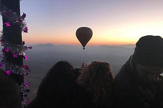 hot air balloon2.jpg