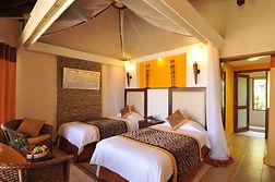 old-tukai-lodge-room-luxury-chalet-02.JP