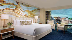 mandalay-bay-hotel-room-resort-king-bed-
