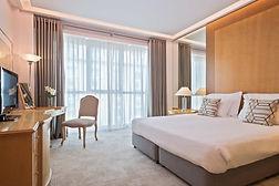 100MeliaAthens-Melia_Guestroom.jpg