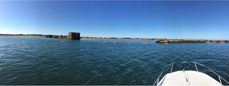 kayak entre les pontons G.jpg