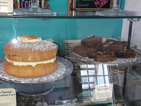 This week's cakes...