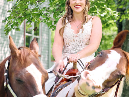 Smiling Horse Photobombs Bride's Wedding Day Photos—And the Internet Loves It