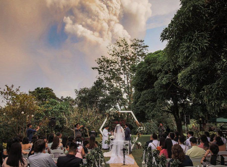 Taal volcano: Wedding takes place against eruption backdrop