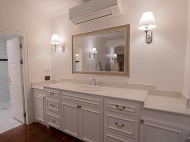 Preme Spa Couple Room Sink.jpg