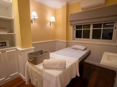 Preme Spa Aroma Room 2.jpg