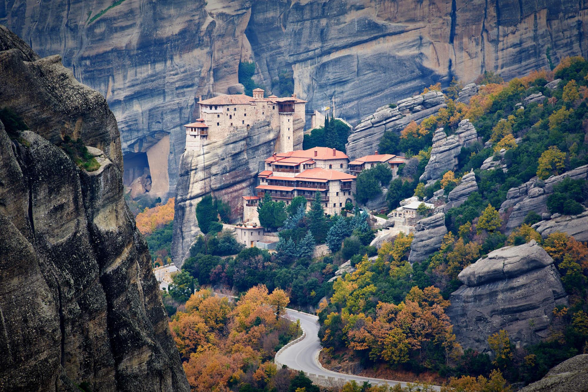 stock-photo-monastery-roussanou-meteora-