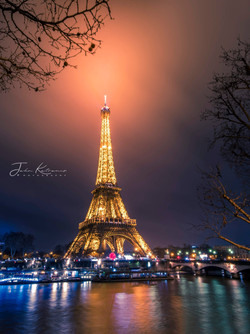 stock-photo-eiffel-tower-paris-100881241