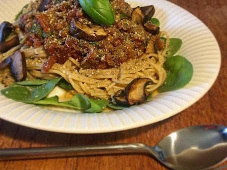 Spaghetti bologlinse med parmesesam