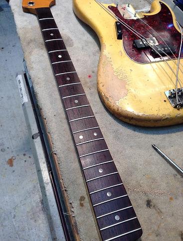 répartion basse Blind guitar