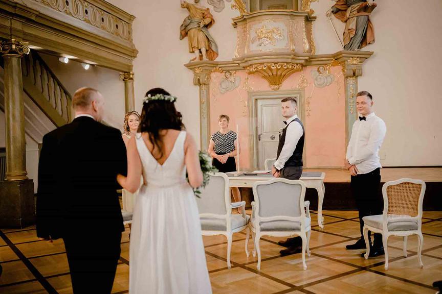 Hochzeit auf Schloss Comburg in Schwäbisch hall -18.JPEG