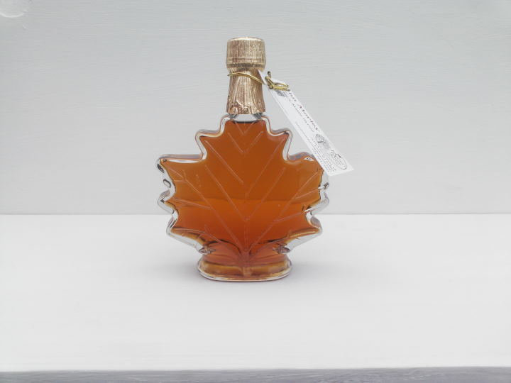 Maple Leaf Pint of Syrup