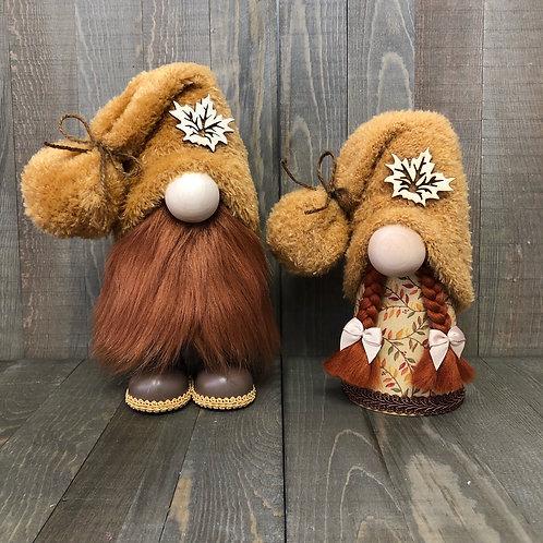 Maple Leaf Gnome Couple