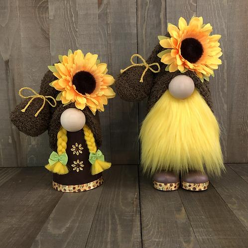 Brown Sunflower Couple