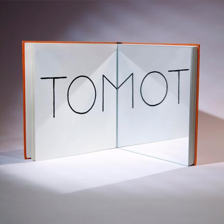 Un mot pour tom  Composition photographique en studio