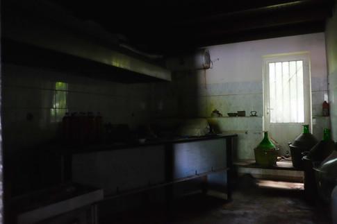 Verkommene Küche der Bar