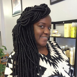 Just added a little  pizzazz to my #fauxlocs  #crochetbraids _Learn how to #crochetbraid like a pro