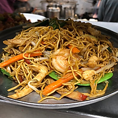 127. Lo Mein Hong Kong Style