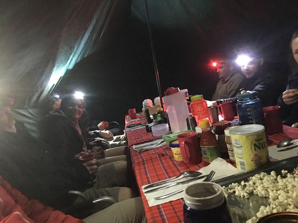 dinner tent with all the nutrition in kilimanjaro
