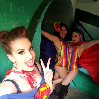 Messing around backstage with Luna LeFee and Gracie Disgrace!!!
