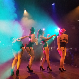 The House Of Burlesque babes!