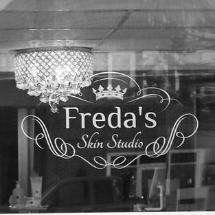 Chandelier at Freda's Skin Studio lobby