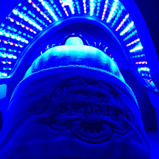 Blue LED @ Freda's Skin Studio