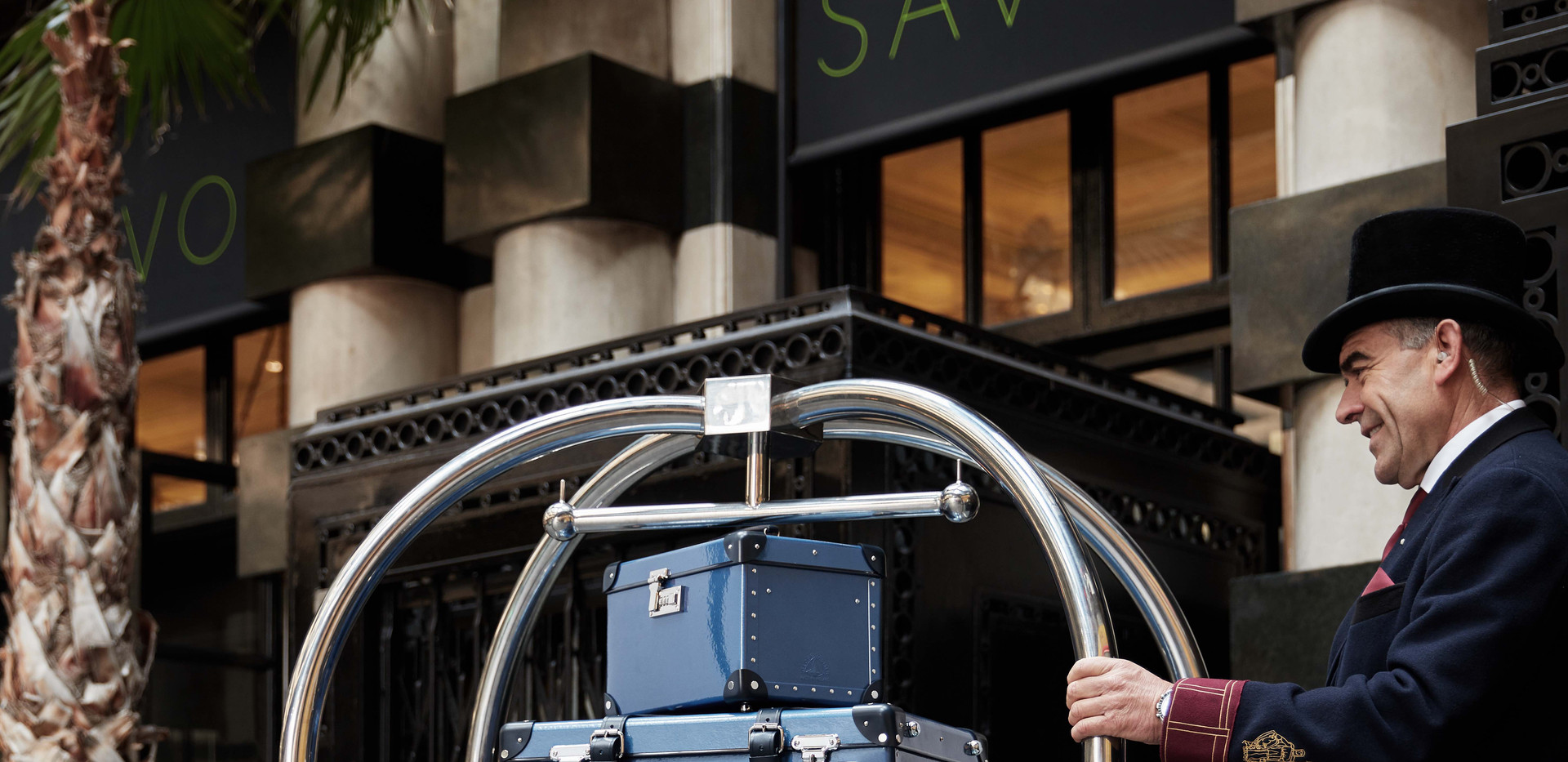 Globe -Trotter Sapphire Blue Deluxe collection at Savoy hottel