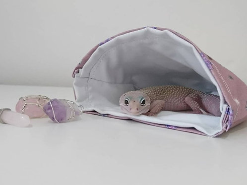Snooze pouch