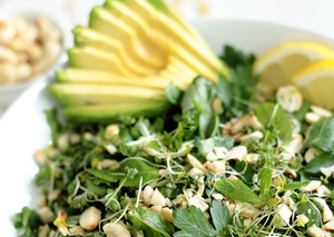 Green green salad with cashew and avocado