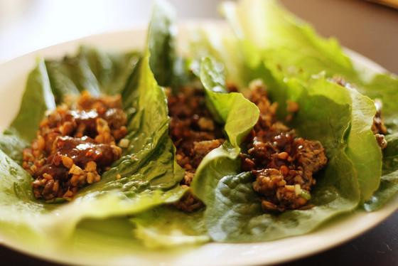 LETTUCE CUPS - Poached chicken & veg stir fry