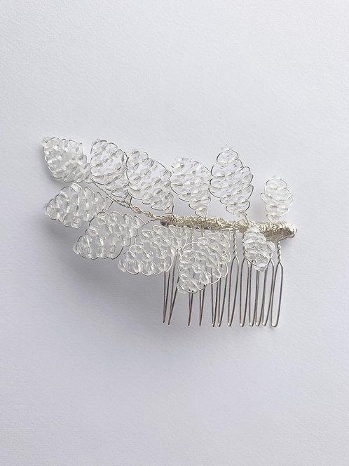 Leaf hair clips in silver