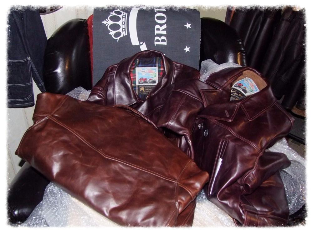 Die neuste Lieferung Aero Leather-Jacken aus GB ist eingetroffen.