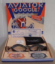 aviator_optical Displaystand Motorradbrille