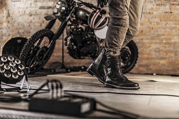 Stylmartin Rocket Motorradschuhe in der Werkstatt