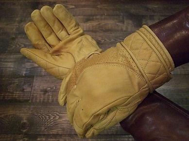 Goldtop Short Bobber Gloves