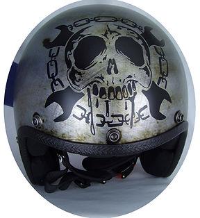 Details auf der Helmfront des Speed Racers von 70s.