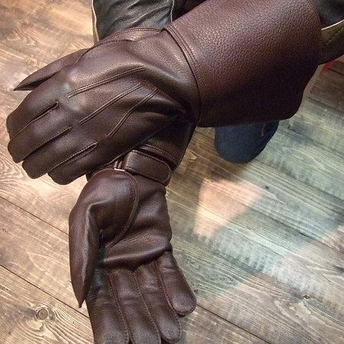 Edle Stulpenhandschuhe aus feinem finnischen Elchleder von Sakari Sauso