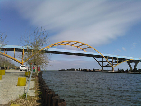 Lori's OpEd: Help Light the Hoan Bridge